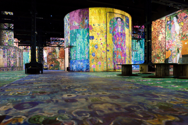 gustav-klimt-new-art-mecenavie-atelier-lumieres-paris